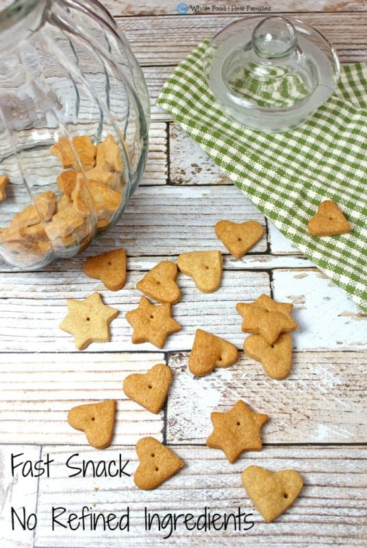 Whole Wheat Cheese Crackers. A clean eating, whole food recipe. No refined ingredients.