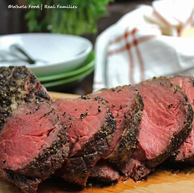 Peppercorn Beef Tenderloin Roast slices