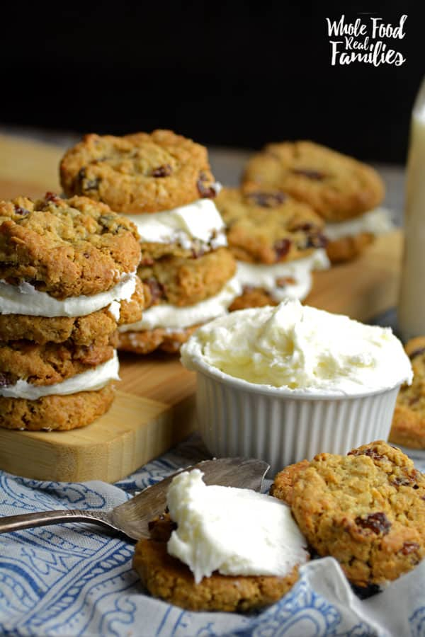 Flashback to your childhood with a Homemade Oatmeal Cookie Sandwich - without the plastic wrapper. Make these with your kids for a fun kitchen date.