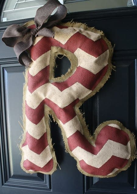 Easy Burlap Door Hanger