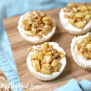 Apple Crisp Cheesecake Bites