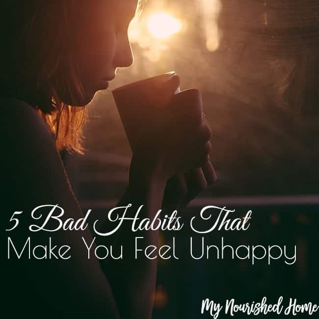 5 Bad Habits That Make You Feel Unhappy