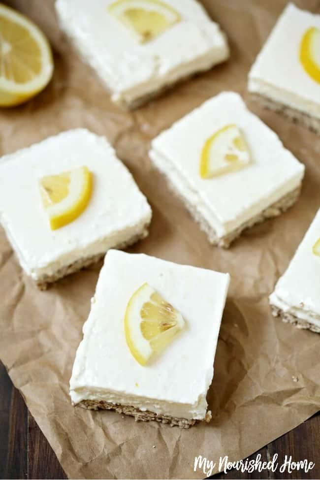Easy Lemon Bars #lemon #dessert #lemondessert