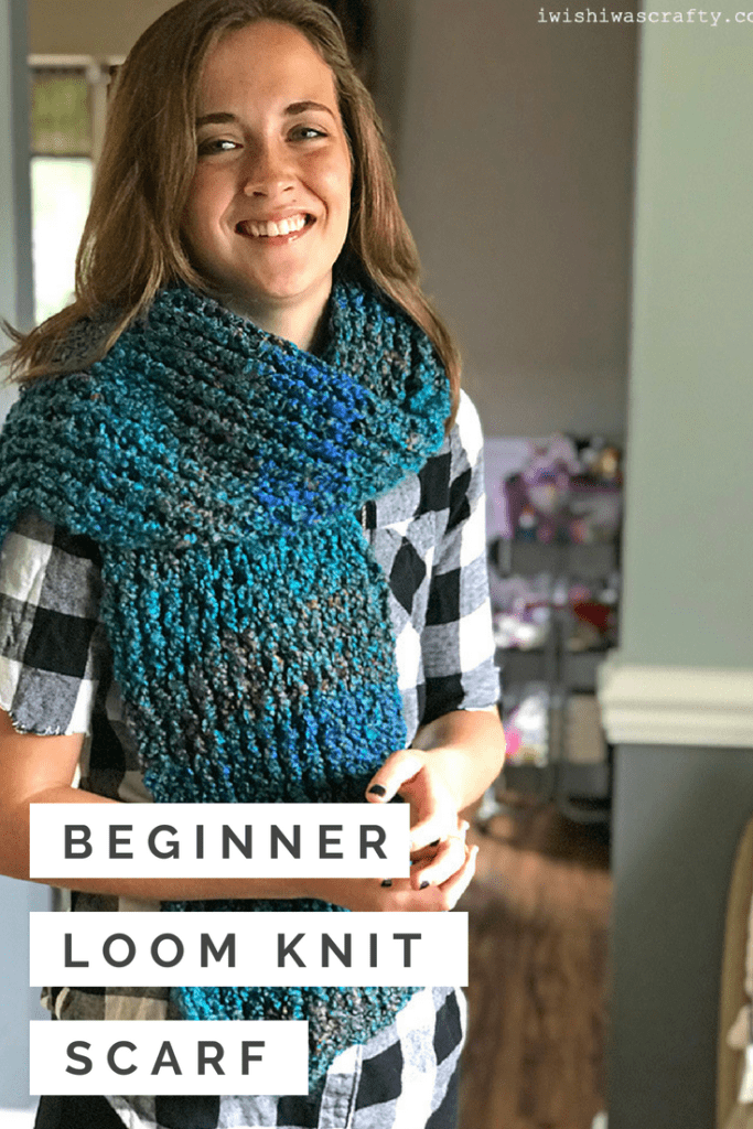 A perfect pattern to learn loom knitting with this beautiful scarf