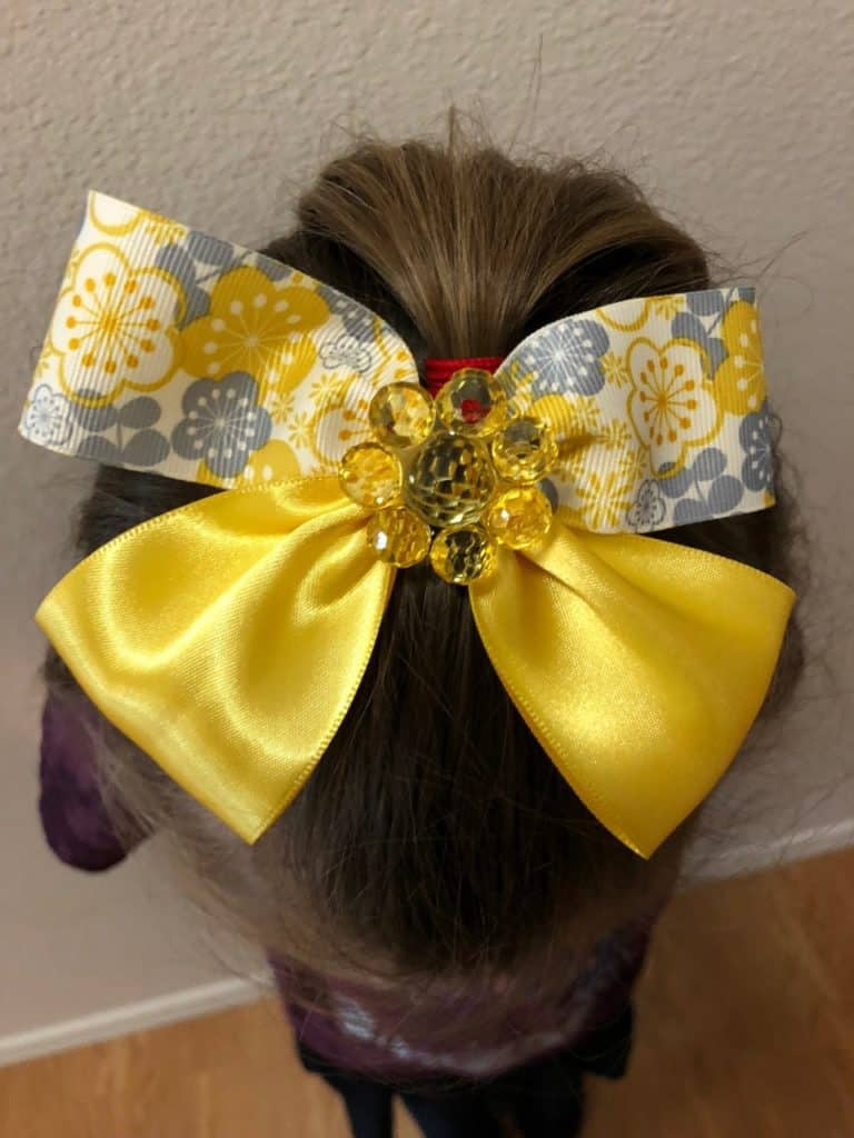 Learn to make this Bow Tie Hair Bow. It is so EASY!