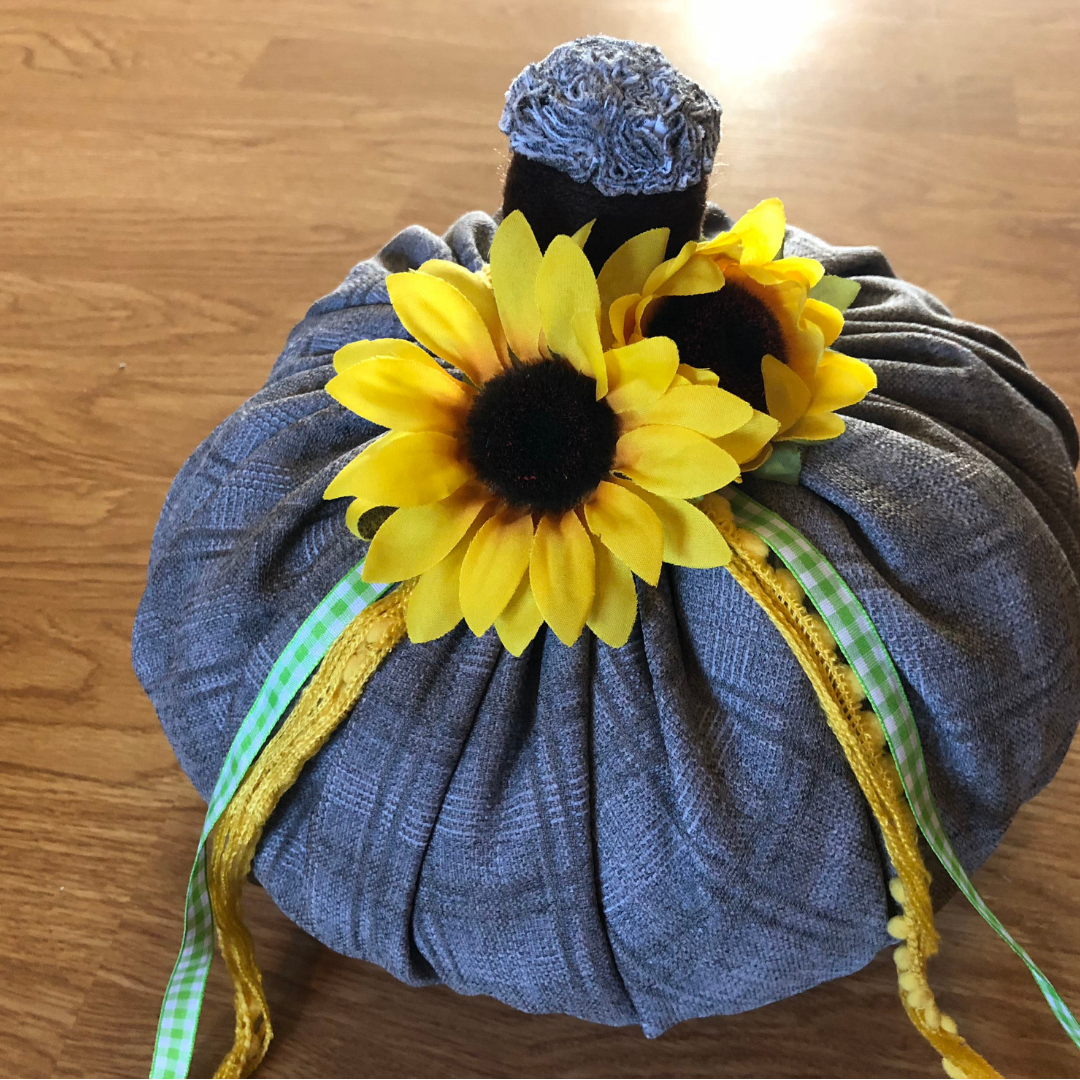Easy Fabric Pumpkins for Fall
